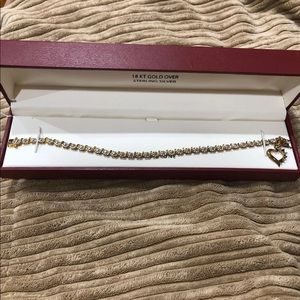 Bracelet with genuine stones